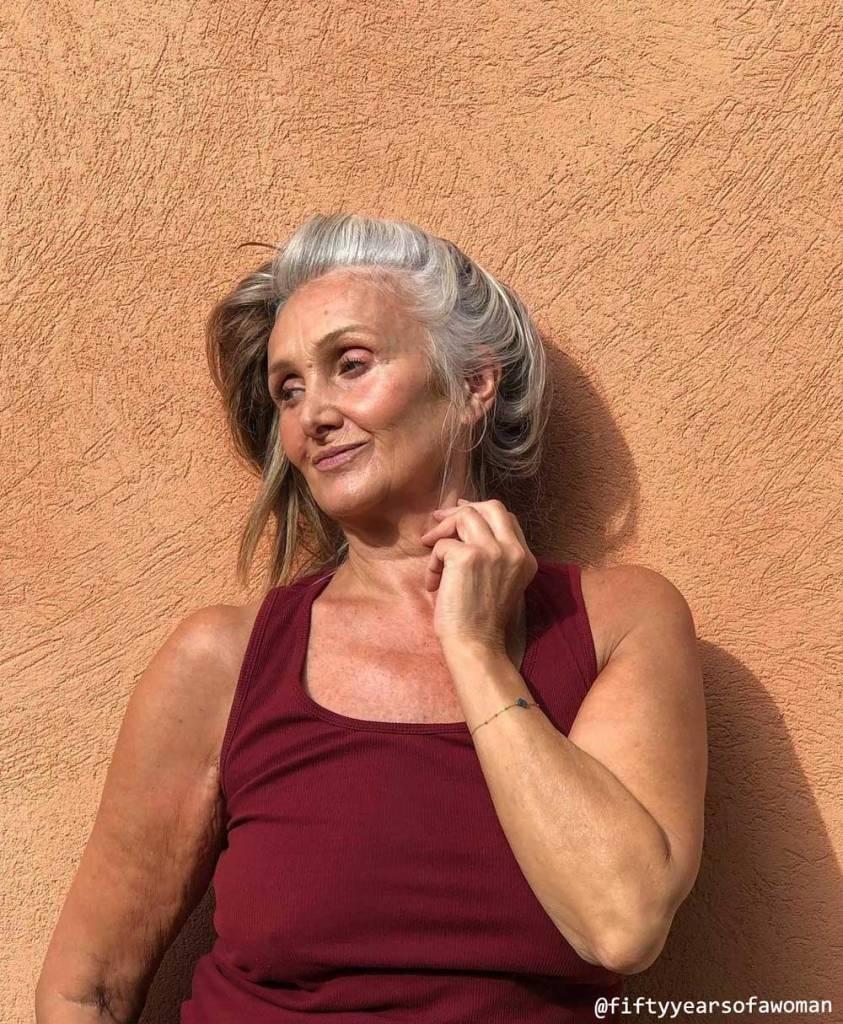 Caroline-Fiftyyearsofawoman-1-Belle apres 50 ans