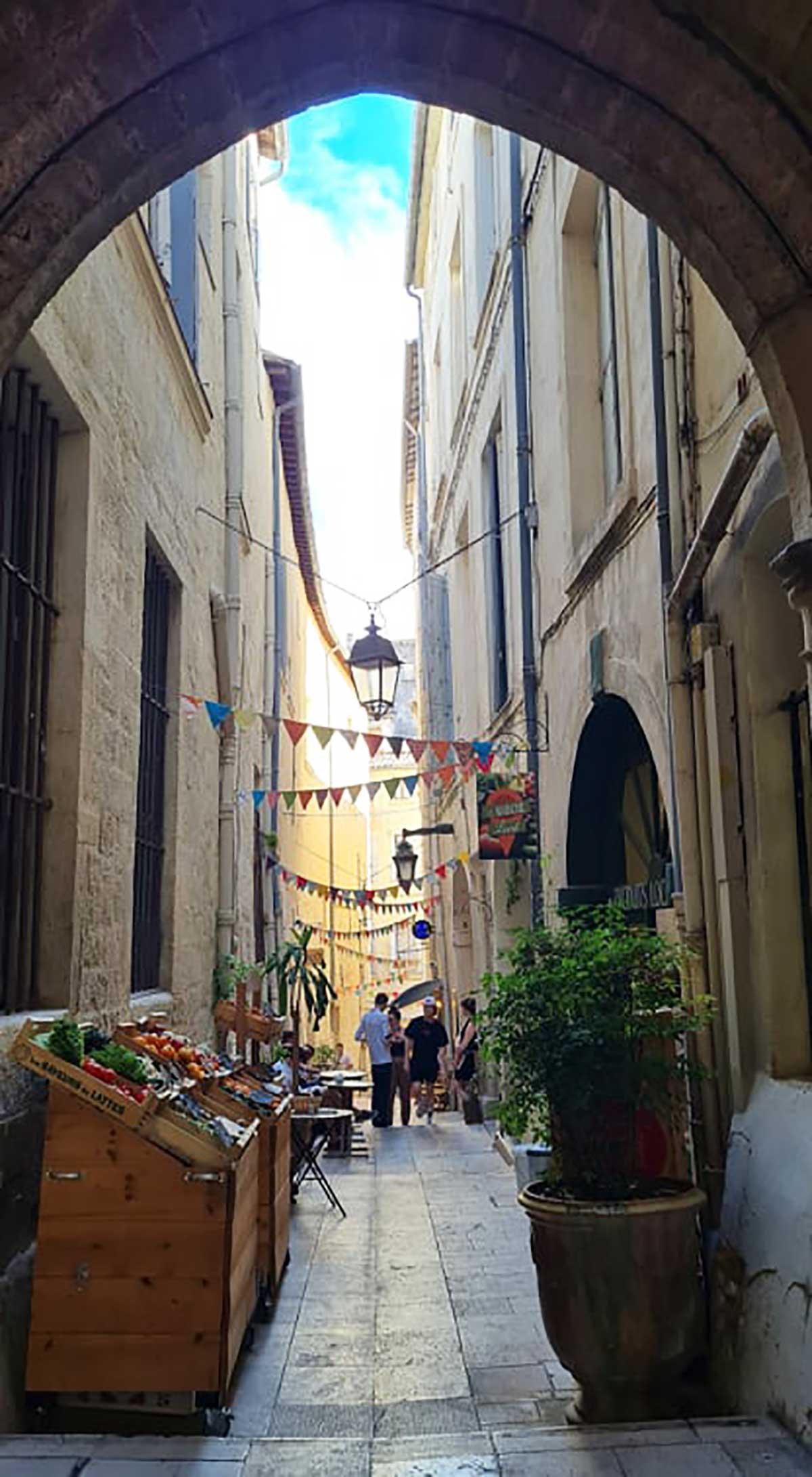 shopping-à-Montpellier-rue-du-bras-de-fer