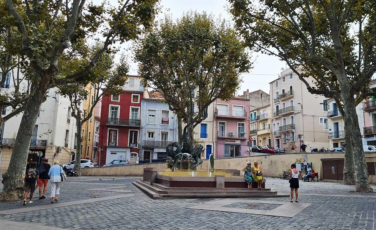 Sète-place-Leon-Blum